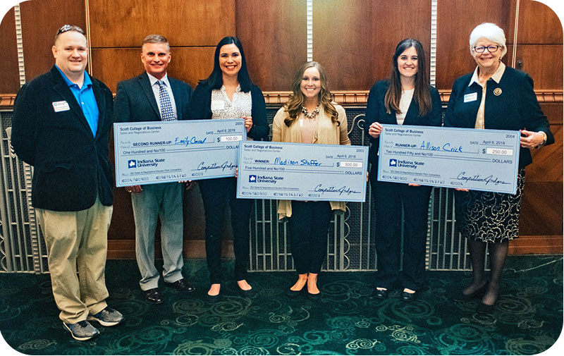 Madison Shaffer, Allison Crick, and Emily Conrad, winners of the 2018 Elevator Pitch Competition