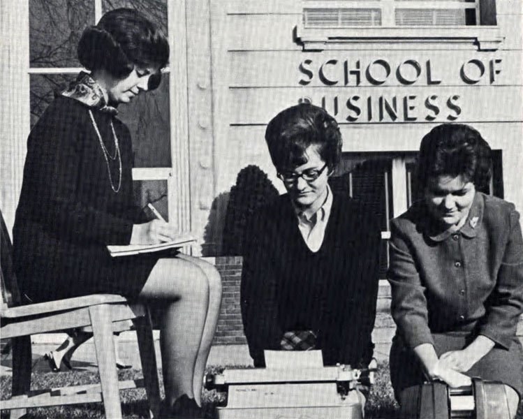 Future Secretaries Association, 1970