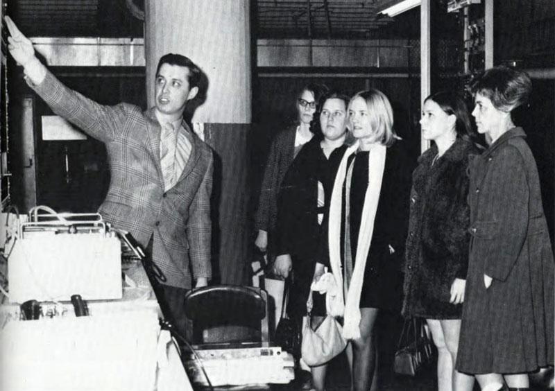 Future Secretaries Association, 1971
