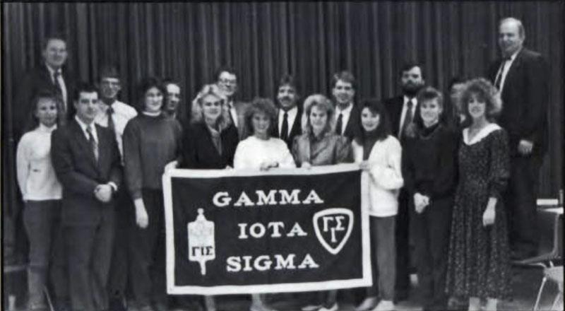 Gamma Iota Sigma, Alpha Epsilon chapter, 1990