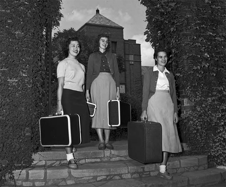 Students arriving back at college, August 1953