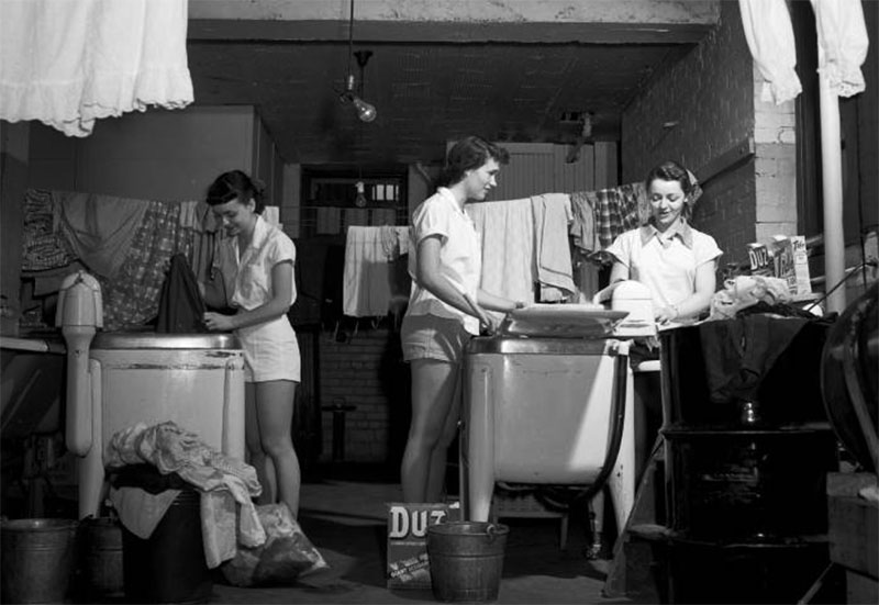Students in the laundry, May 9, 1953