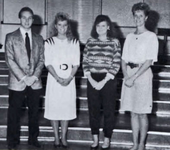 Pi Omega Pi, Chi Chapter, 1992