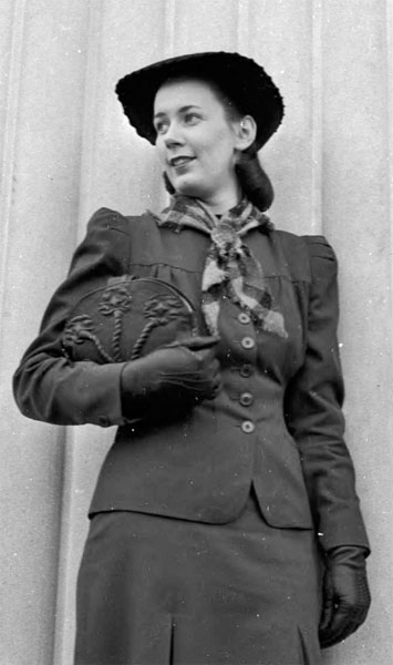 Winifred Aten, 1939