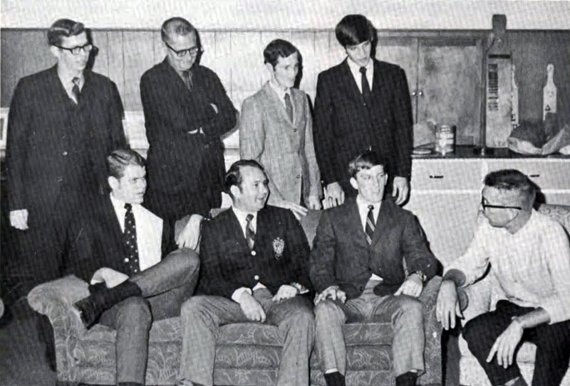 Delta Sigma Pi, Delta Tau chapter, 1970