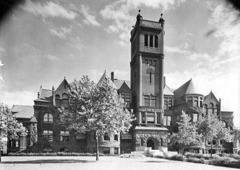 Old Main, 1931