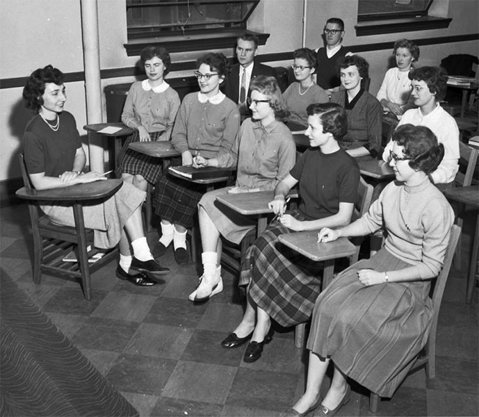 Pi Omega Pi, Chi Chapter, November 5, 1959