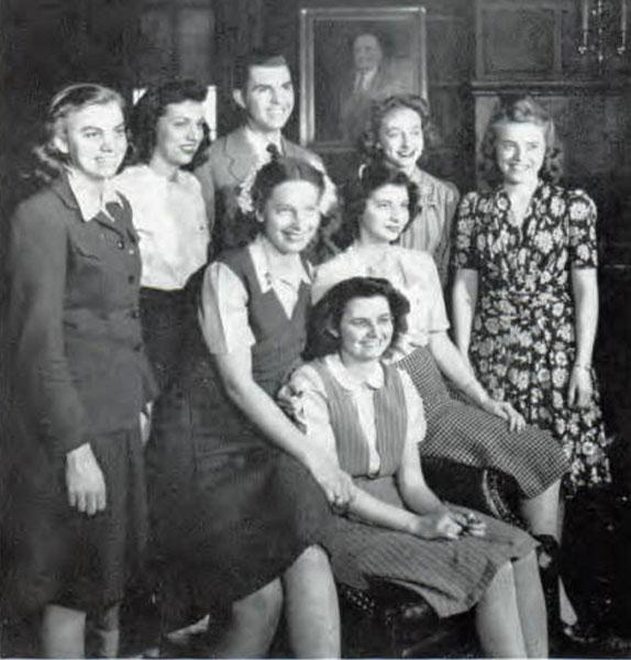 Pi Omega Pi, Chi Chapter, 1946