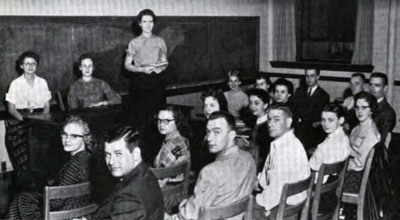 Pi Omega Pi, Chi Chapter, 1959