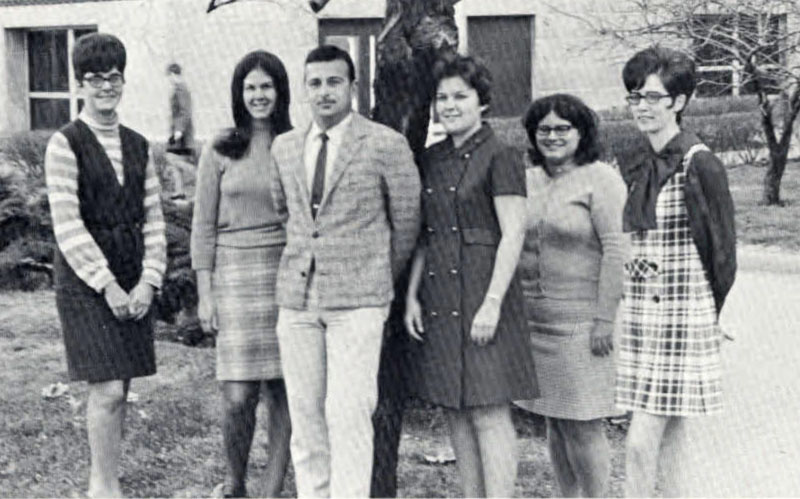 Pi Omega Pi, Chi Chapter, 1970