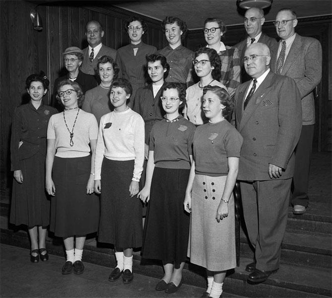 Pi Omega Pi, Chi Chapter, November 1954