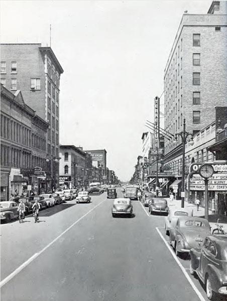 Wabash Avenue, Terre Haute, 1947