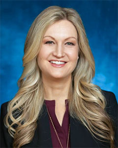 Lindsey Piegza