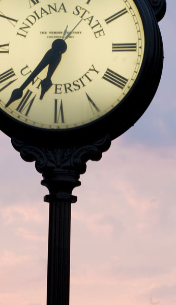 Campus Alumni Clock
