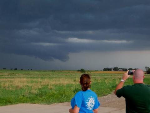 wall cloud, hannah, brian