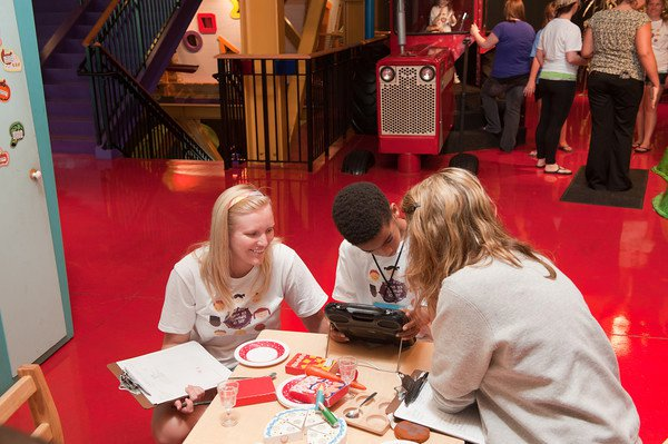 CD students experiential learning at Children's Museum