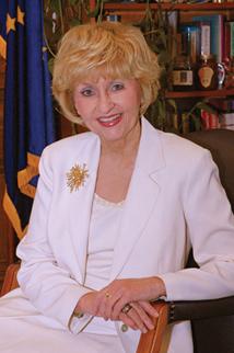 Dr. Suellen Reed