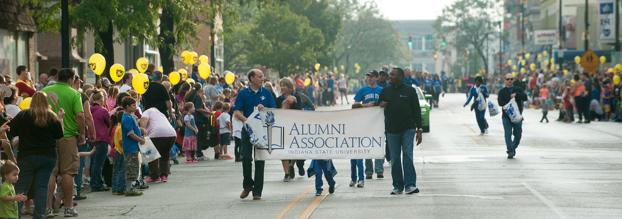 Alumni Association Homecoming Parade