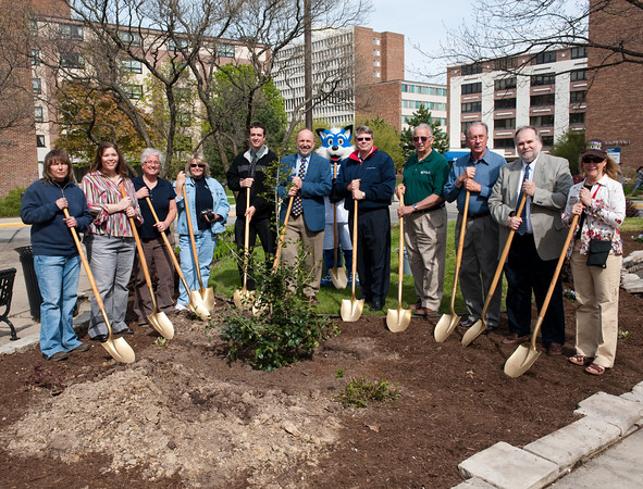 President Dan Bradley, Sycamore Sam, and others celebrate Earth Day at ISU.